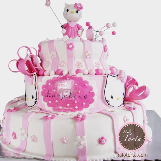 Hello Kitty trospratna torta