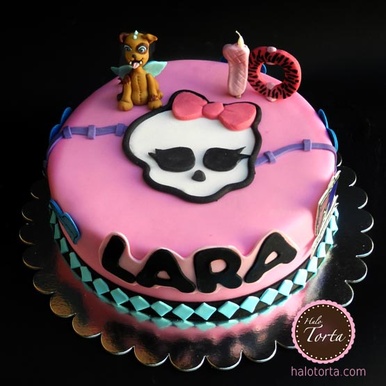 Torta Monster High sa kucom